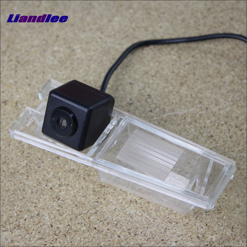 Liandlee Anti Collision Laser Lights For Cadillac CTS / CTS-V 2008 2009 Car Prevent Mist Fog Lamps Anti Haze Warning Rear Light car tracing cauda laser light for volkswagen vw jetta mk6 bora 2010 2014 special anti fog lamps rear anti collision lights