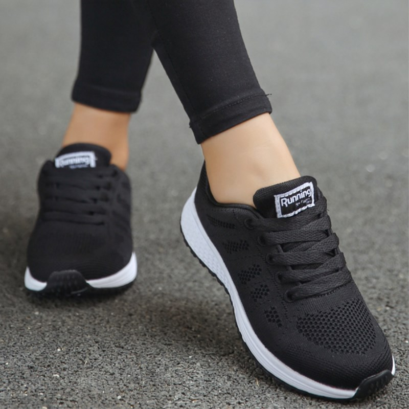 2019 Hot Sale Designer Sneakers Women Sport Shoes Basket Femme Flat Sneakers Men Running Shoes Outdoor Summer Sneakers Unisex