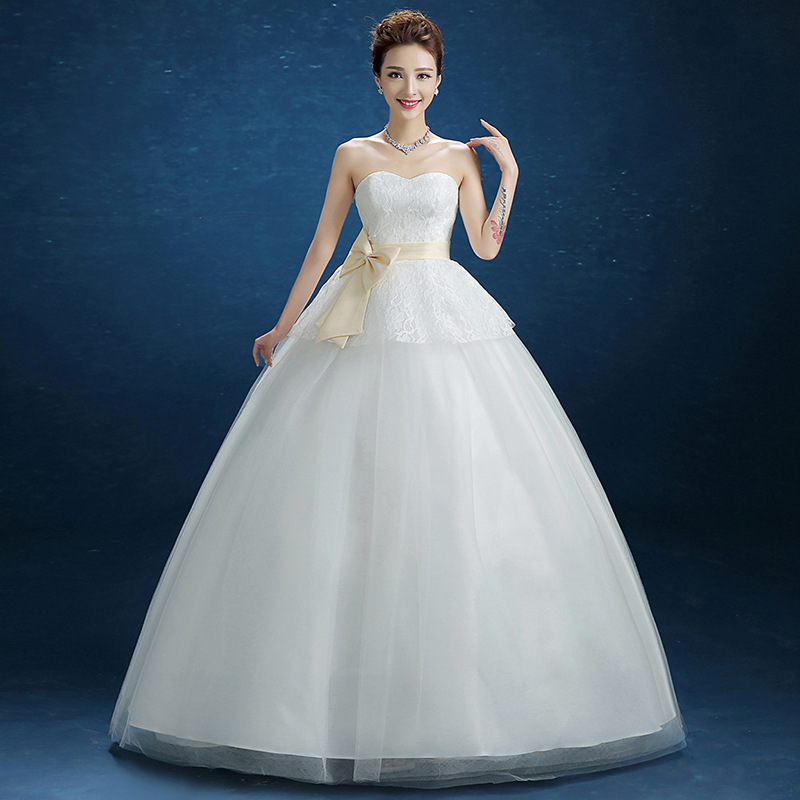 Sweetheart Neck Floor Length Wedding Dress with Lace Overlay Ball Gown Bridal Dress with Sash