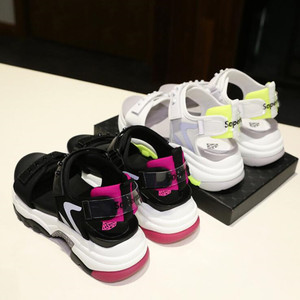 Image 4 - Сандалии женские из микрофибры, мягкие босоножки, Нескользящие, дышащие, толстая подошва, Повседневная модная спортивная обувь, лето
