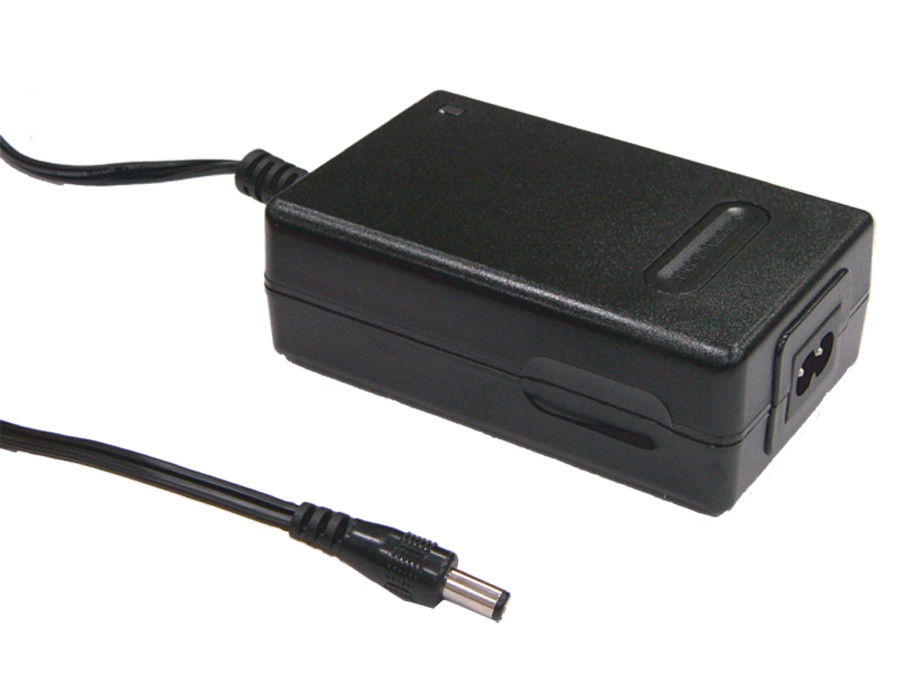 ФОТО [PowerNex] MEAN WELL original GC30B-5P1J 16.8V 1.6A meanwell GC30B 16.8V 27W Power Adaptor with Charging Function