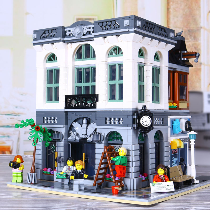New Lepin 15001 2418Pcs Brick Bank Model Building Kids Blocks Bricks Toy Compatible legoed With 10251 Gift new lepin 16009 1151pcs queen anne s revenge pirates of the caribbean building blocks set compatible legoed with 4195 children