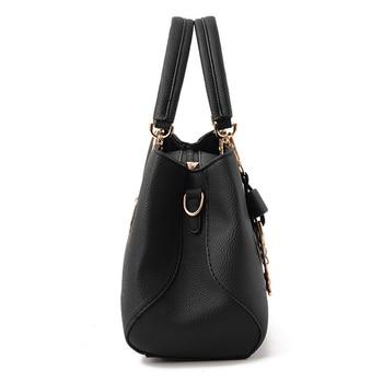 2019 New Fashion Big Handbag 1