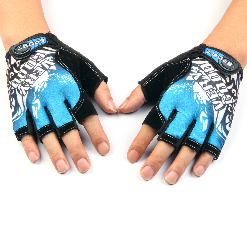 2016 New Arrival Cycling gloves Bike Bicycle gloves Skid Resistance Sports Half Finger Glove Keep Warm 3 Color High Quality