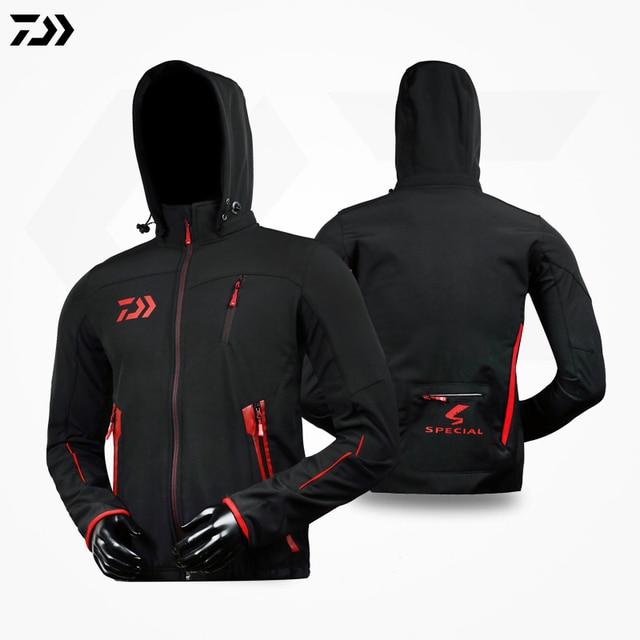 b02e2baad52 DAIWA DAWA 2018 Men Fishing Clothes Pants Coat Suit Hooded Sunscreen Jacket  Parka Waterproof Breathable Man Fishing Clothing
