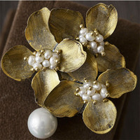 CMAJOR Flower Shaped Brooch with Pearl Jewelry Silver / Gold Color Brooches For Women