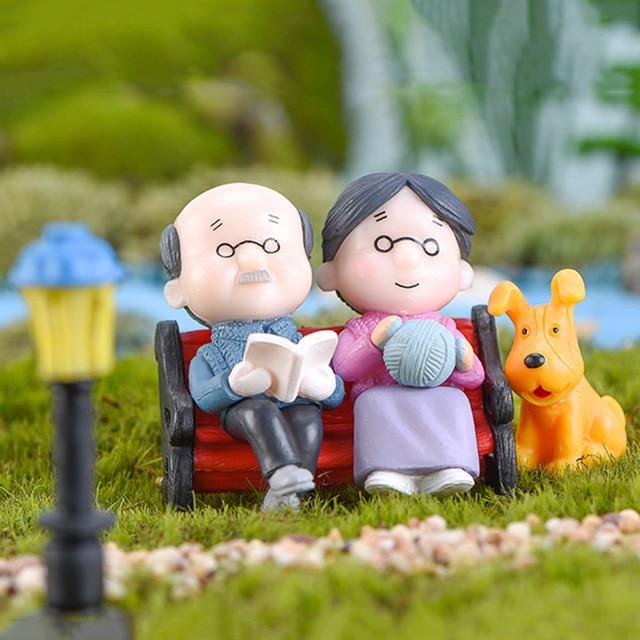 3Pc Figures Chair Grandma Grandpa Sweety Lovers Couple Ornament For Fairy Garden Figurines Miniature Christmas Home Decoration 1