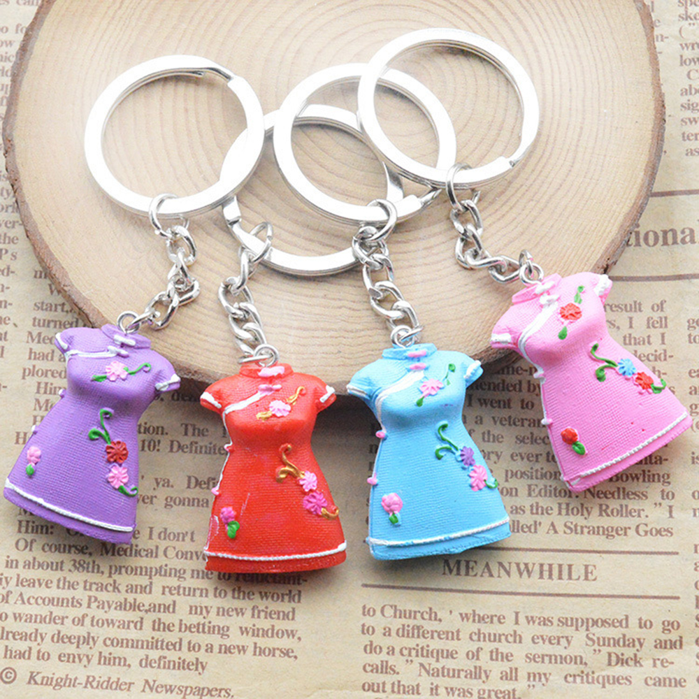 20PCS Personalities keychain folk customs ancient features of women s  Chinese cheongsam key ring gift wholesale Random mix 1859759a6d
