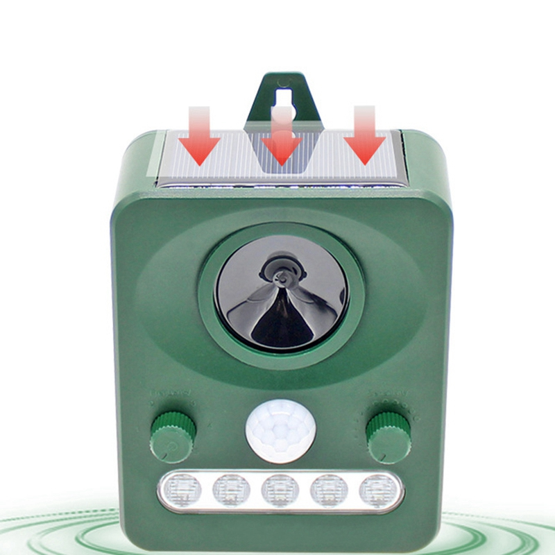 Outdoor Solar Ultrasonic Animal Control Garden Use Flashing Fox Bats Birds Dogs Cats Repeller(China)
