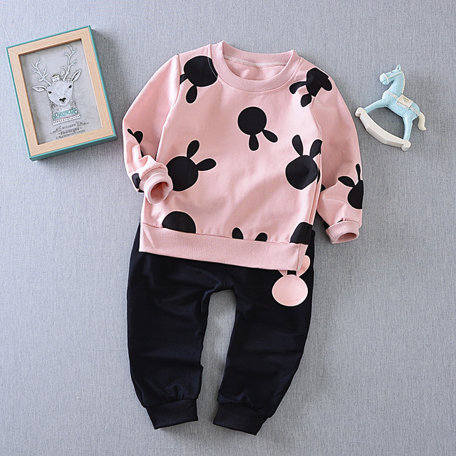 2017 New Autumn Spring baby children boys girls Cartoon Mickey Minnie Cotton Clothing Sets T-Shirt+Pants Sets Suit 2colors
