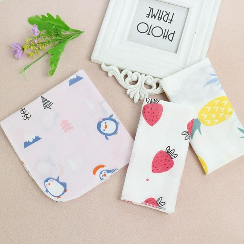 Random DoubleLayer Cotton Newborn Baby Bib High Density Cute Cartoon Print Animal Fruit Handkerchief Wipe Face Towel Squarescarf