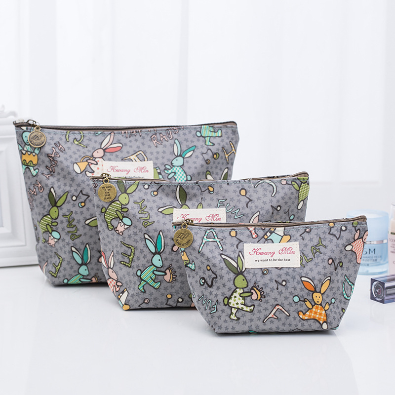 2019 Zipper Creative Makeup Bags Rabbit Pattern Cosmetic Pouch For Travel Ladies Item Pocket Women Wash Bag Cotton Big Capacity