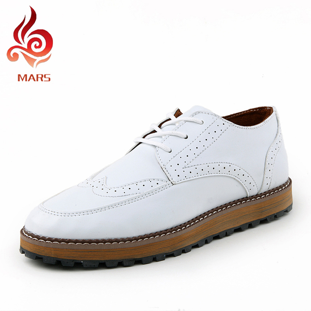 7260be23ed0183 2017 Fashion Men Dress Shoes Spring Autumn Men s Brogue Shoes Office Flat  Shoes Leather Oxford Shoes for Men Size 39-44 YC999