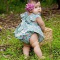 Em Estoque 2016 Ins Da Criança Do Bebê Da Menina Define Verde Floral Ruffles Tops + Conjuntos de Calça de renda Bebê Bonito Menina Princesa guarnições