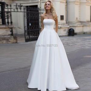 Image 1 - Satin a ligne robes de mariée 2019 perles dos nu robes de mariée Court Train bretelles Vestidos de Noivas blanc sur mesure