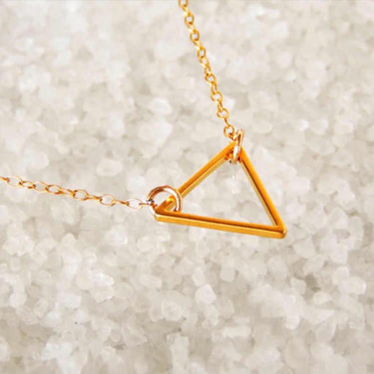 Simples moda jóias da moda rua tiro de metal oco triângulo charme mulheres colar curto parágrafo transporte da gota