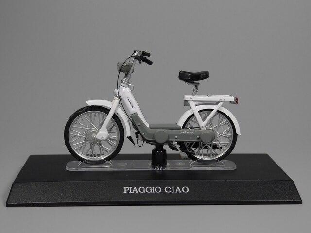 Auto Inn - 1:18 Scale motorcycle PIAGGIO CIAO Diecast model