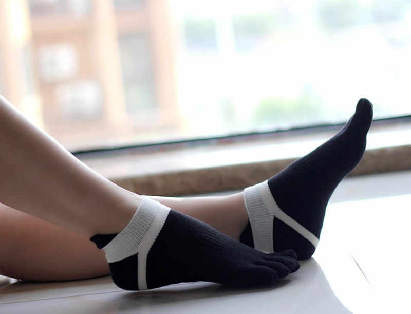 8 Colors High Quality Socks 5 Toes Cotton Socks Exercise Sports Socks Color Patchwork Women Socks