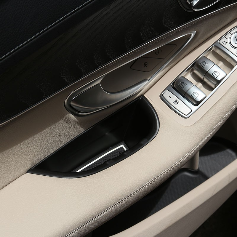 Genuine Mercedes E Class w210 Charcoal Carpeted Floor Mats 96-99 NON-4MATIC