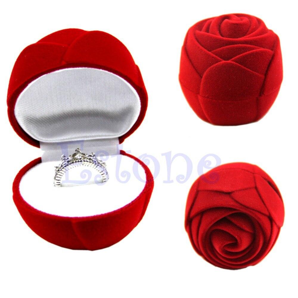 Caja De Anillo Rojo £ 4.50 Flocado forma de corazón Caja Anillo Corazón Rojo Caja De Anillo Rojo