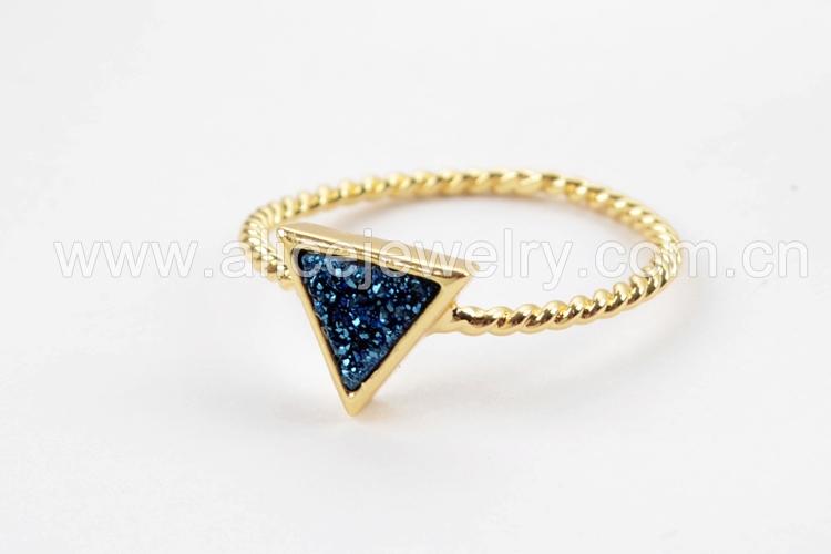 BOROSA 10PCS Gold Color Triangle Rainbow Drusy Rings, Mixed Colors Agates Titanium Rainbow Druzy Bezel Ring Women Jewelry ZG0290 6
