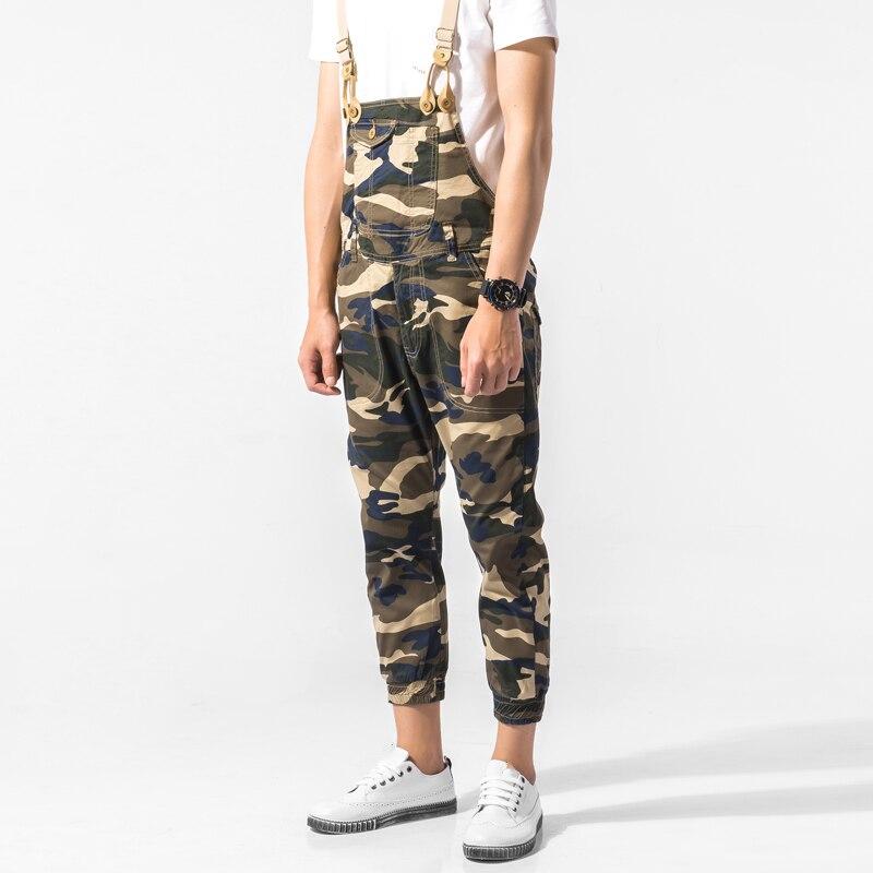Hommes Camouflage salopette nouveau 2017 mâle Camo imprimer décontracté salopette pantalon coréen mode bavoir pantalon de haute qualité