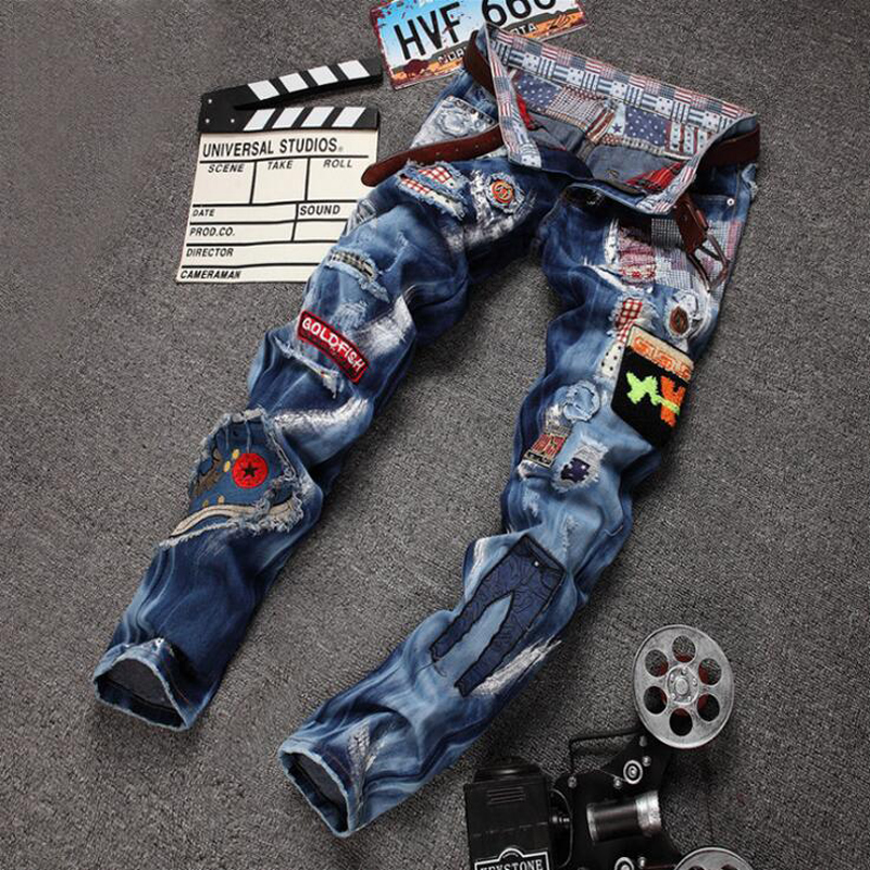 Personality Badge Patchwork Jeans Men Ripped Jeans Fashion Brand Scratched Biker Jeans Hole Denim Straight Slim