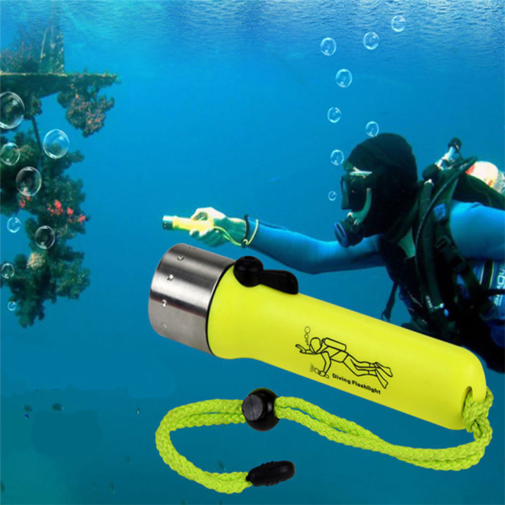 Diving Flashlight Super Bright LED Diving Light 2000LM Q5 Waterproof Underwater Flash Deep Diving Snorkeling Equipment