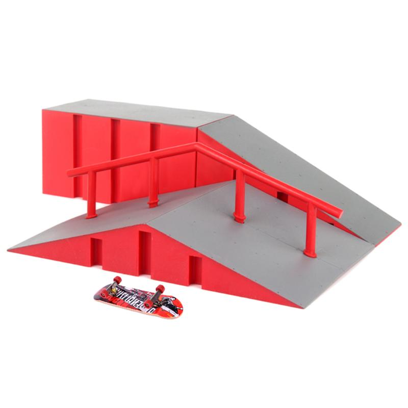 Mini Alloy Finger Skating Board Table Game Toy Children DIY Gift Toy Set Mini Cute Skateboards Toys with Ramp Part Track