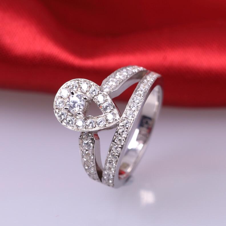 1 carat fashion ring 925 sterling silver crown diamond ring inlaid drop simulation SONA diamond ring (DFE)