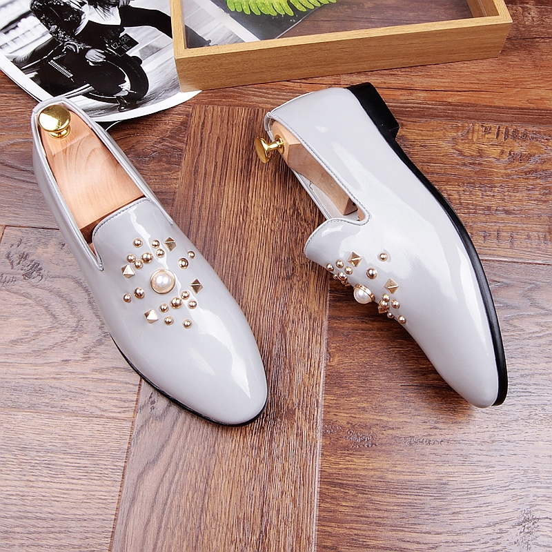 Fashion Gold Black Gray Mens Loafers Shoes Pearls Slip on Handmade Patent leather Driving Boats Shoes Flats Casual Mens Shoe Hot 4