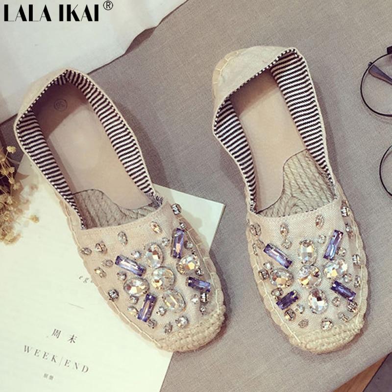 581fd611e84 Lala ikai rhinestone cristal de las mujeres alpargata plana zapatos de las mujeres  mujeres del diseño de marca de los holgazanes estilo de vacaciones ...