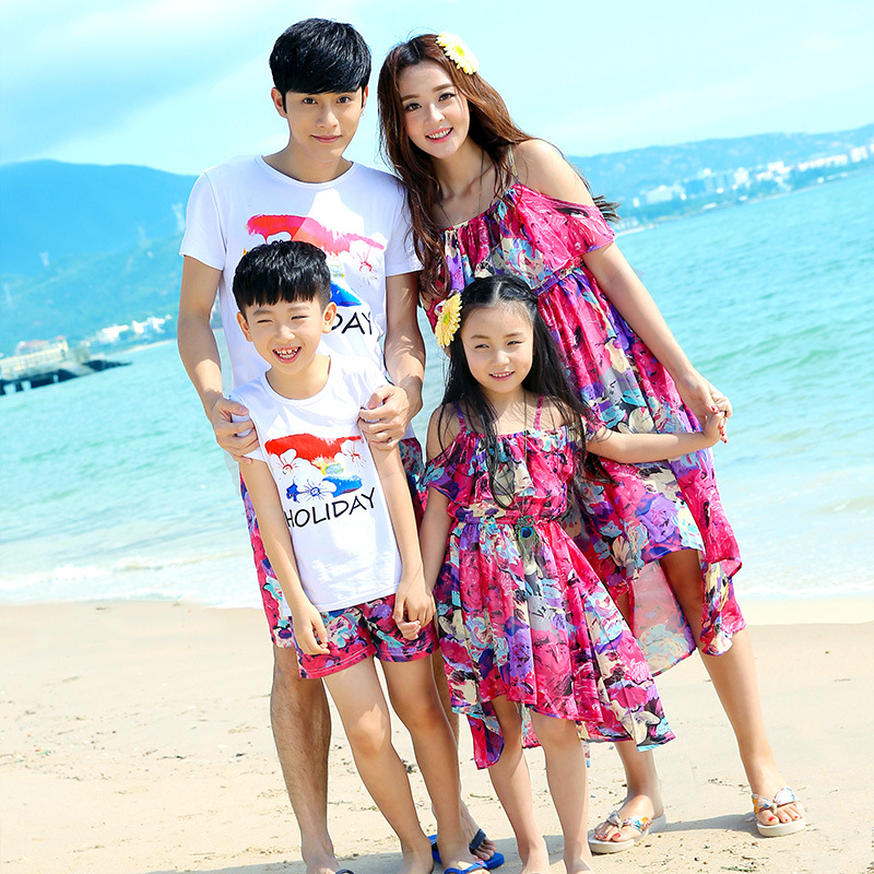 2d5f0893 Family matching clothes father mother daughter son mom mommy and me clothes  beach dress tshirts pants couple family look wear-in Matching Family  Outfits ...