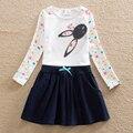 Novas roupas de menina gatinho bordado curto-de mangas compridas roupas de flores de verão de algodão das crianças Uma palavra vestido de gola redonda H5922