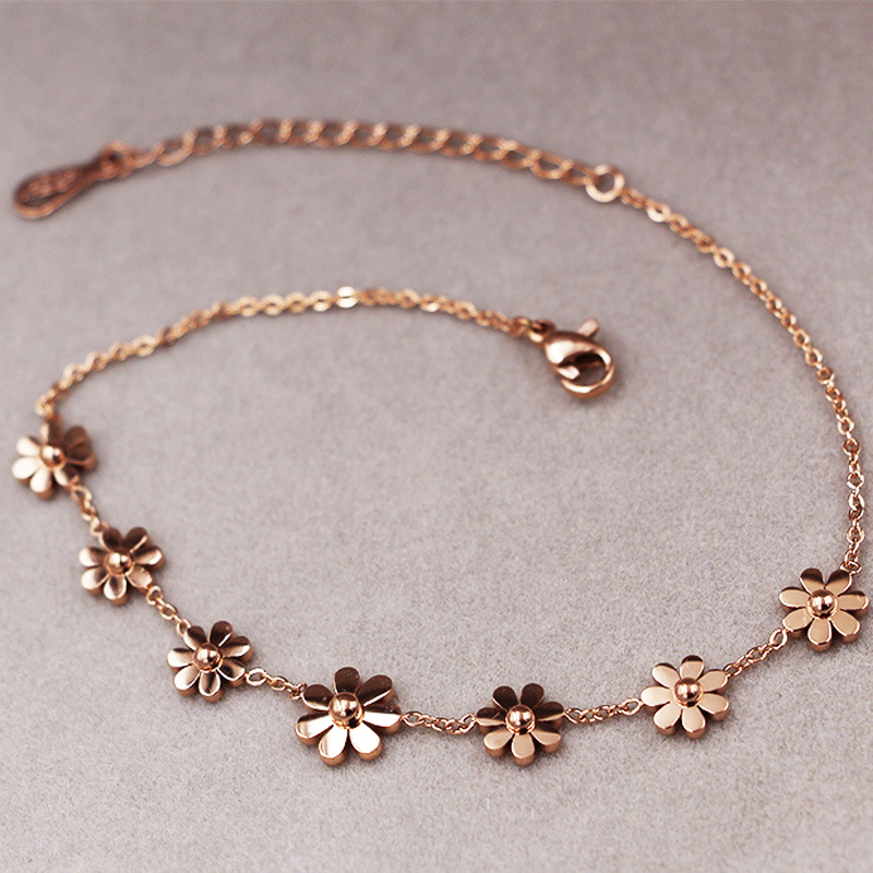 New Titanium Steel Brand Jewelry 7 Daisy Anklets For Women Rose Gold Color Fashion Prevent Allergy Summer Jewelry pair of graceful embellished floral jewelry anklets for women