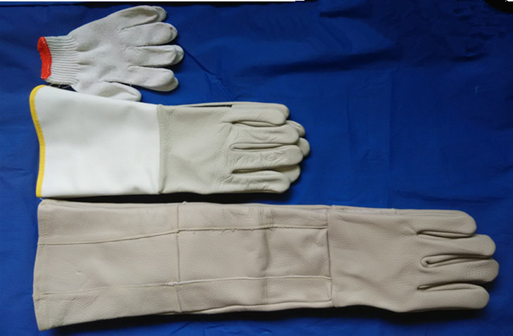 Free shipping hot selling 60cm super length cow grain genuine leather working safety glove anti-bite /anti-hurt for pets/animal.