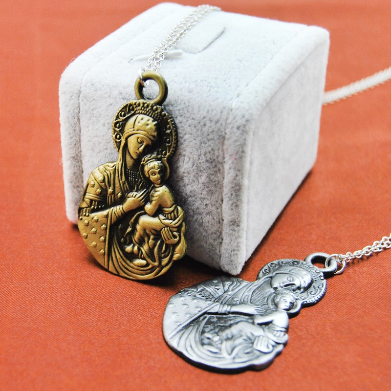 2pcs lot Original New Vintage Virgin Mary Necklace Women Retro Gold the Madonna Prayer Pendant Necklaces Men Jewelry Collares in Pendant Necklaces from Jewelry Accessories