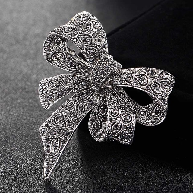 Blucome Cute Women Bow Brooches bridal Jewelry Antique Silver Color flower brooch  pins party Gifts hijab 5a126e0ef96d