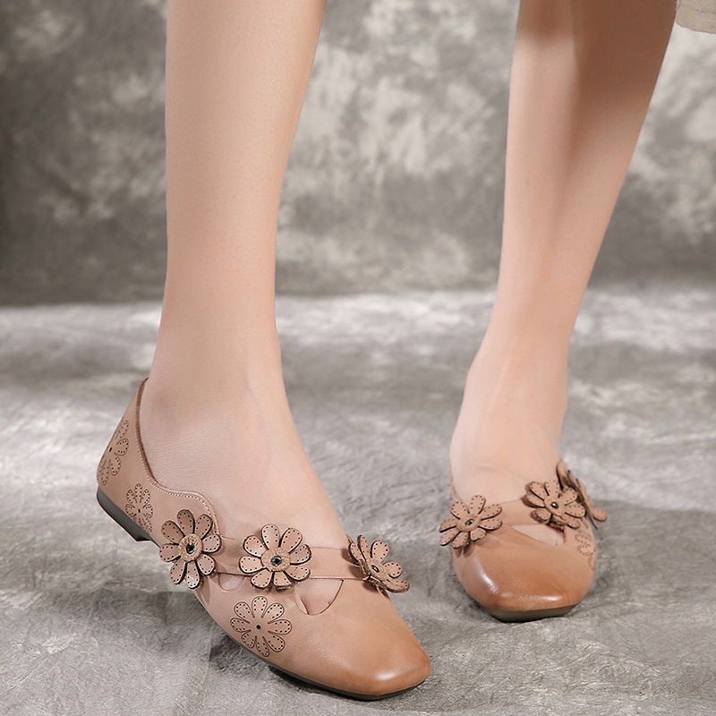 Zapatos planos Retro de flores ahuecados con suela suave de punta cuadrada estilo coreano zapatos planos cómodos de primavera y otoño para mujer-in Zapatos planos de mujer from zapatos    3