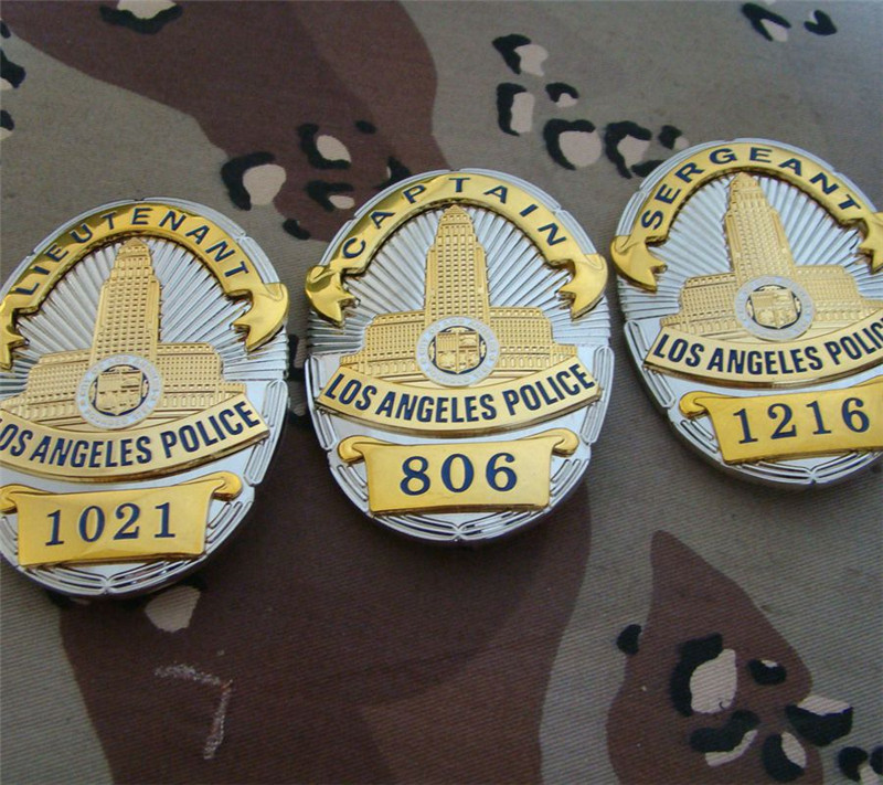 New United States LA Los Angeles Police Officer Badges LAPD CAPTAIN Shirt Lapel Badge Brooch Pin Insignia Badge 1:1 Gift Cosplay
