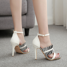 Liren 2019 Summer Fashion Sexy Lady Gladiator Sandals Stripe Pattern High Thin Heels Open Pointed Toe Party Size 35-40