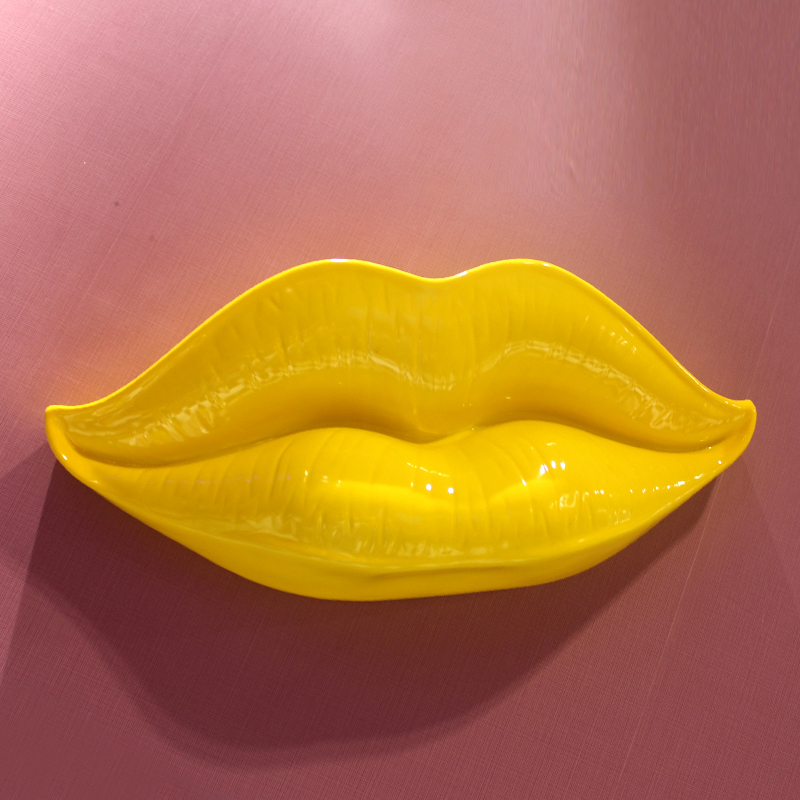 3D Decorative Emboss Mouth Sculpture Bar Wall Hanging People Body Parts Home Decoration Lips Statues