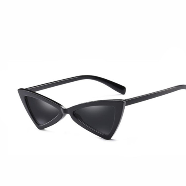 a5f81543bdd Women Small Cat Eye Sunglasses Red Frame Women Brand Designer Ladies Sun  glasses Vintage Sexy Eyewear Shades UV400