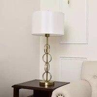 현대 침대 옆 테이블 램프 패브릭 그늘 미니멀 한 금속 반지 책상 램프 연구 침실 호텔 레스토랑 책상 조명 ta099