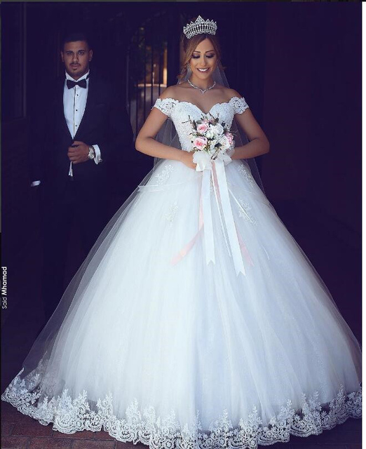 White Lace Appliques Ball Gown Cheap Wedding Dresses Off The Shoulder Short Sleeves Bridal Dresses Wedding Gowns
