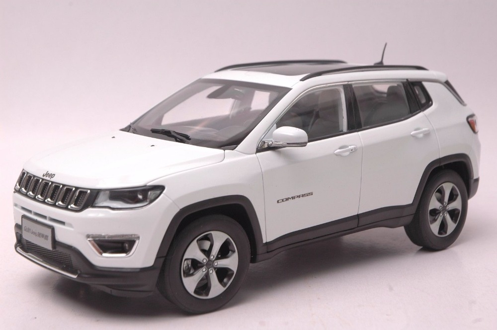 1:18 Diecast Model For Jeep COMPASS 2017 White SUV Alloy Toy Car Miniature Collection Gift