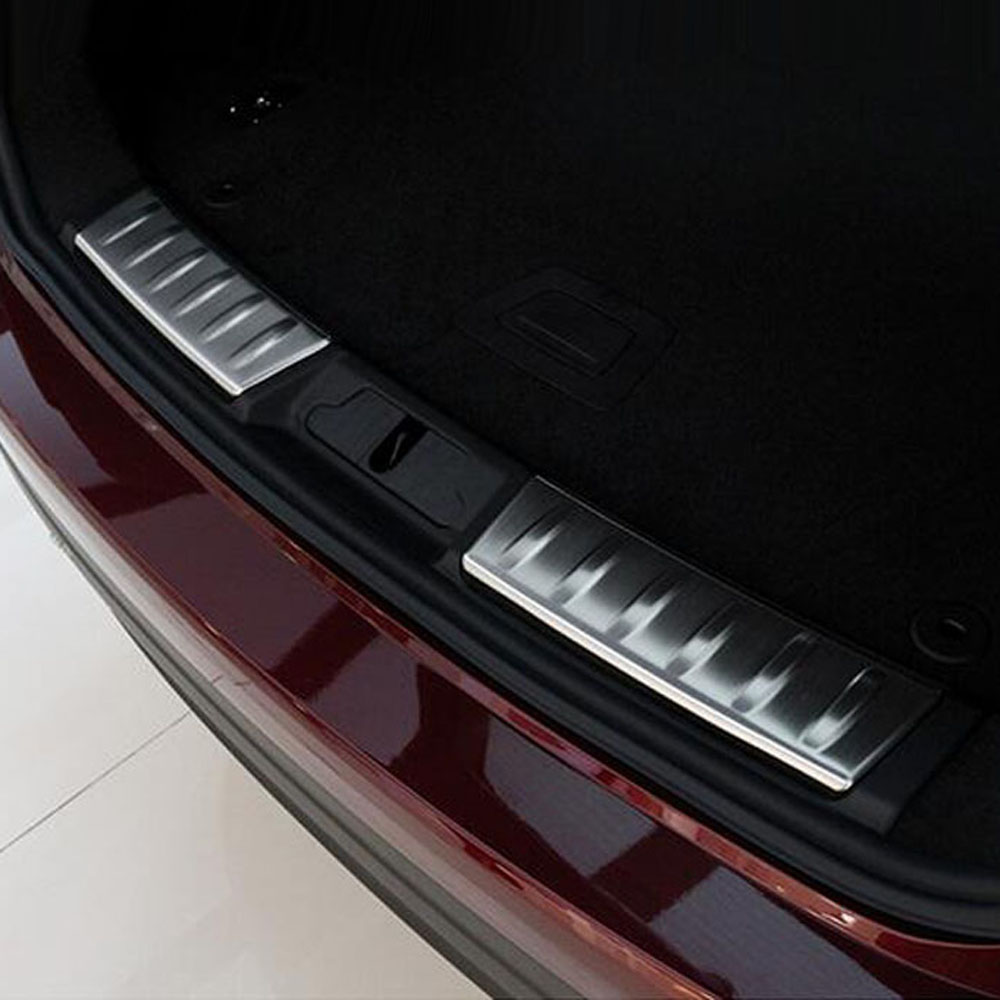 trunk rear bumper door sill threshold guard plate board trim cover sticker for jaguar XF f pace f-pace interior accessories покрышка maxxis pace 29x2 1 60 tpi мтб tb96667000