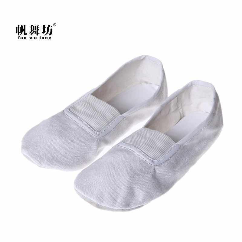 המאוורר וו פאנג 2017 חם 3 הצבע רך Sole בד חדר כושר יוגה נעלי נשים כפכפים נעלי ריקוד בלט ילדים על פי את CM לקנות