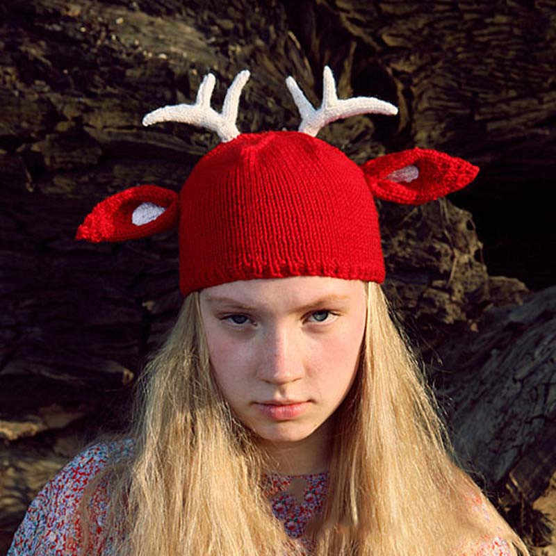 4909e610748 Handmade Crochet Beanie Caps for Women Funny Deer Hats Chirstmas Winter  Warm Cap Party Costumes Festival