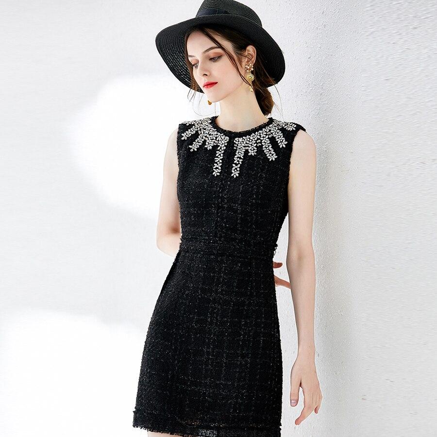 Kadın Giyim'ten Elbiseler'de VERDEJULIAY Lüks Boncuklu Elbiseler 2019 Yaz Moda Kolsuz Kristal Vintage Örme Mini Ince Siyah Elbise Kadınlar için'da  Grup 2